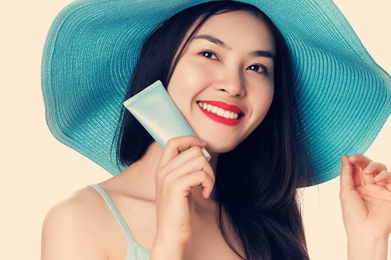 Có biện pháp bảo vệ da khỏi ánh nắng mặt trời giúp ngăn ngừa tình trạng thâm nám nặng hơn