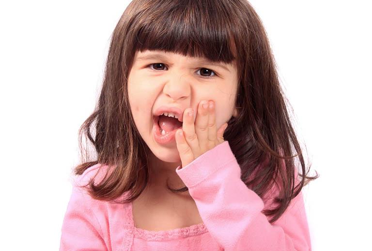 Bé bị đau răng nên uống thuốc gì?