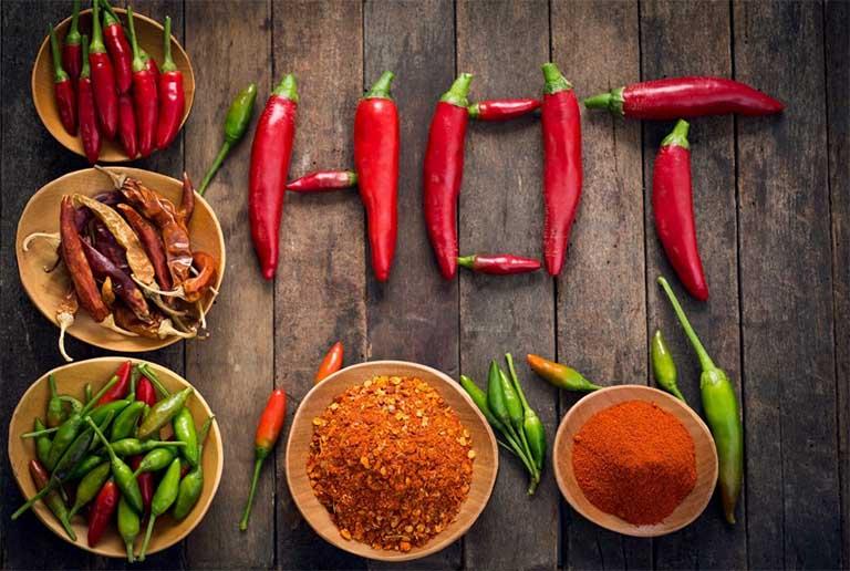 Những đồ ăn cay nóng - Đối tượng bị nhiệt miệng nên tránh xa