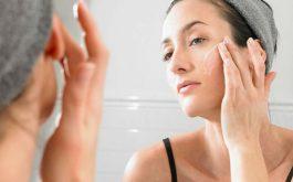 Các bước chăm sóc da dầu mụn hàng ngày - Đánh bay mụn