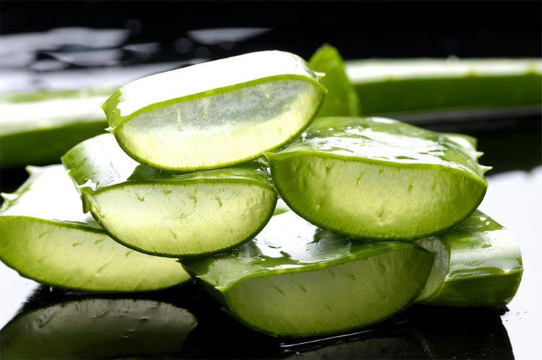 Nha đam (lô hội) là một trong những nguyên liệu thiên nhiên có nhiều công dụng trong việc làm đẹp cũng như điều trị nám da