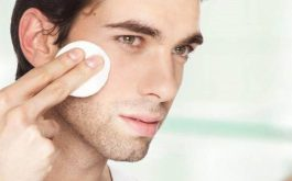 Chăm sóc da mặt vào buổi tối là điều vô cùng cần thiết mà nam giới không thể bỏ qua