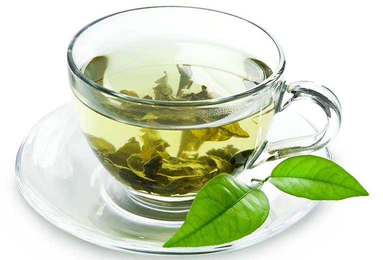 Cách súc miệng với nước trà xanh điều trị bệnh viêm tủy răng