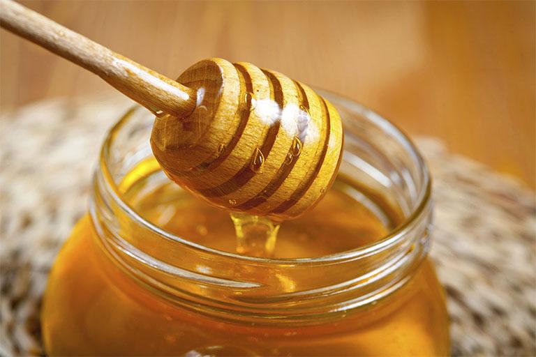 Cách chữa nhiệt miệng bằng mật ong an toàn nhưng không kém phần hiệu quả