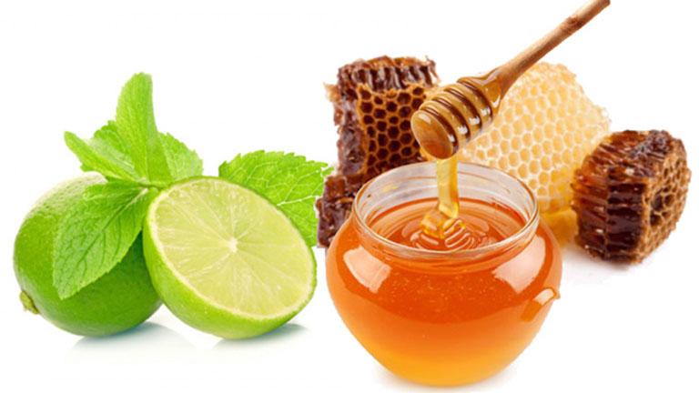 Sử dụng mật ong két hợp với chanh tươi để điều trị viêm lợi giúp nâng cao hiệu quả mang lại