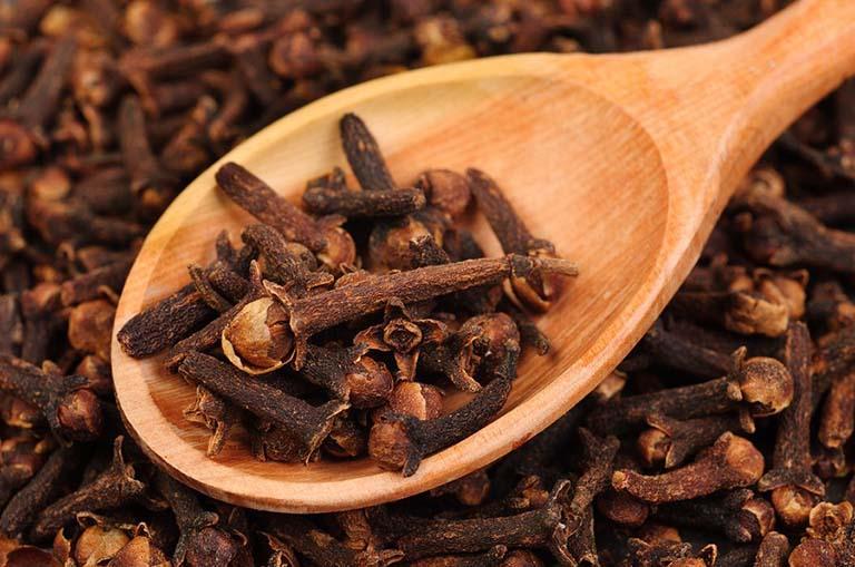 Cách dùng đinh hương chữa bệnh viêm lợi