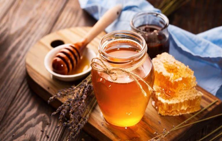 Mật ong hỗ trợ điều trị viêm thanh quản hiệu quả