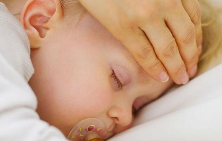 Triệu chứng viêm phổi ở trẻ sơ sinh