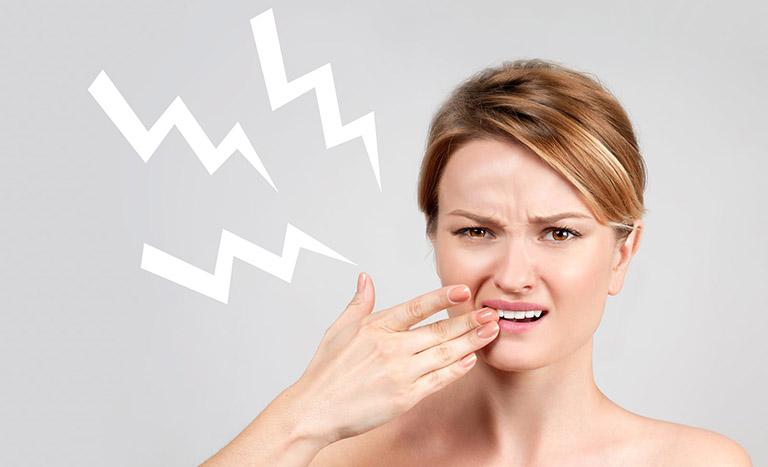 Ê buốt răng sau sinh