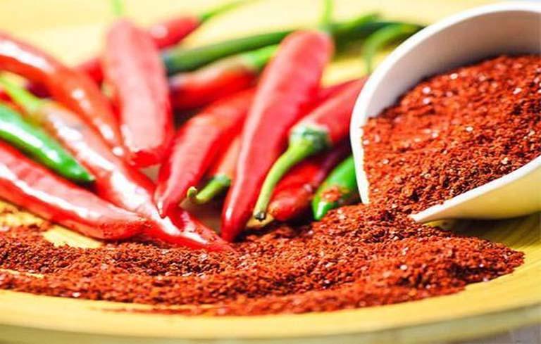 Hạn chế đồ ăn cay nóng để giúp bệnh nhanh hồi phục