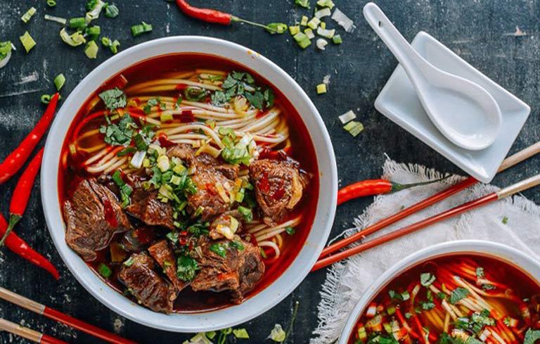 Tránh ăn đồ nóng để không ngứa vùng kín ngày Tết