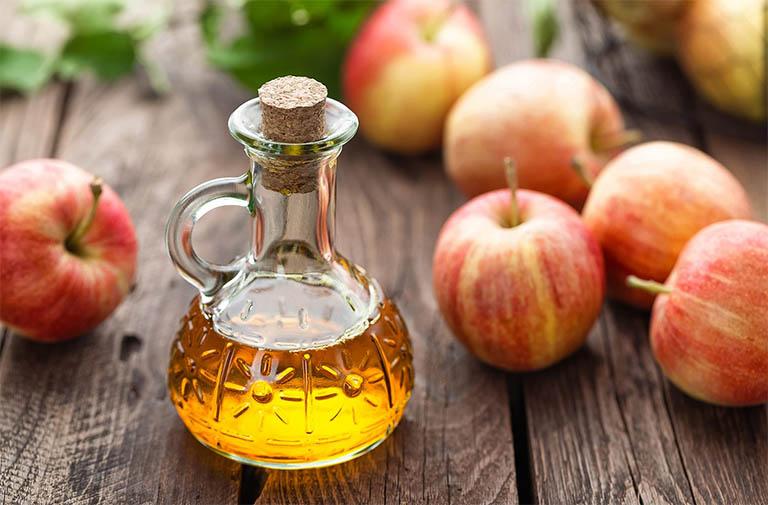 Giấm táo được biết đến như một vị thuốc kháng sinh tự nhiên đối với bệnh nhiệt miệng