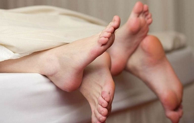 Quan hệ sớm sau sinh có thể gây hậu sản gầy mòn
