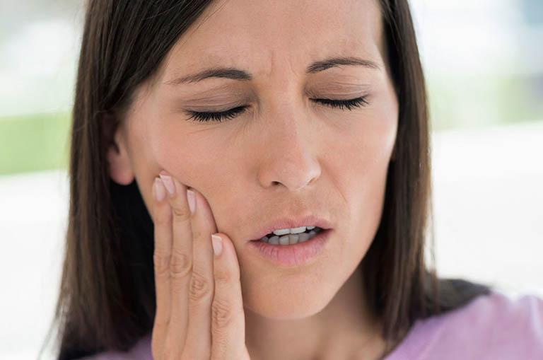 Răng ê buốt và nhức: Xử lý hiệu quả với một số mẹo tại nhà
