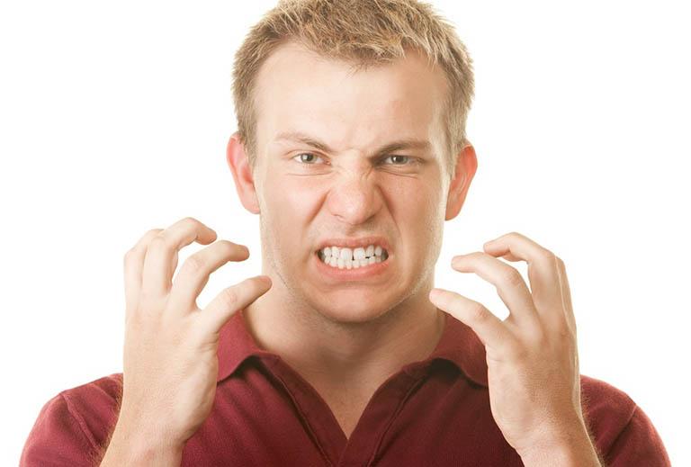 Nguyên nhân dẫn đến răng nhạy cảm