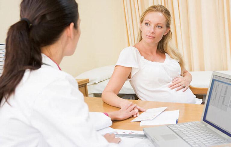 Ngay khi phát hiện các triệu chứng bất thường cần đến ngay cơ sở y tế để khám và điều trị