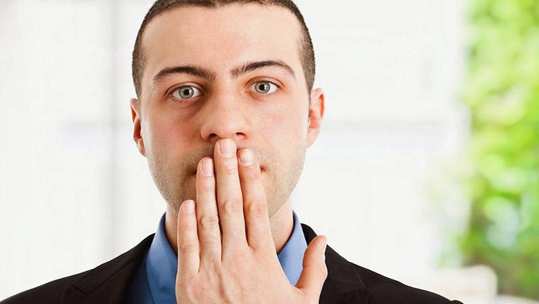 sâu răng gây hôi miệng