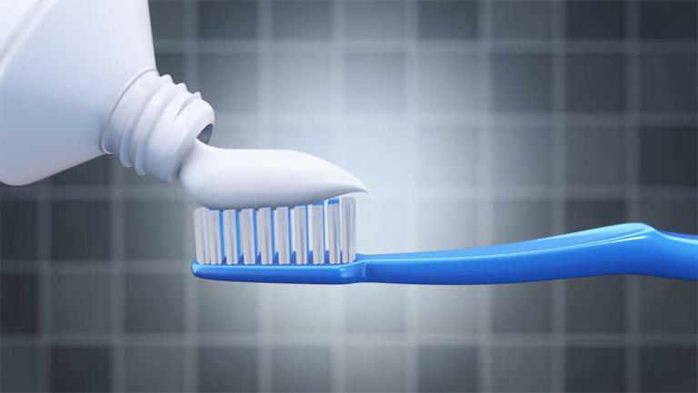 Những thành phần chính có trong mỗi tuýp kem đánh răng Sensodyne