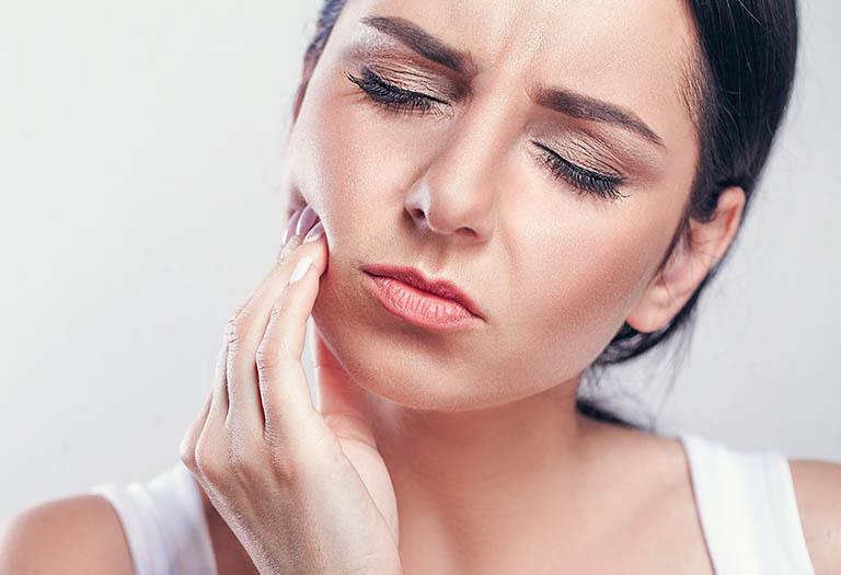 Sưng lợi răng hàm: Nguyên nhân và cách điều trị nhanh khỏi