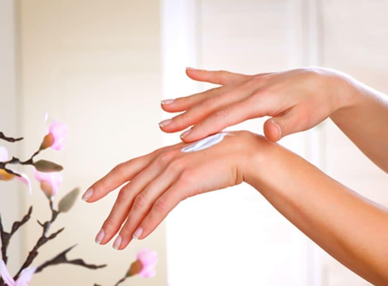 Dưỡng ẩm cho da rất quan trọng nếu bạn muốn có một làn da mịn màng.