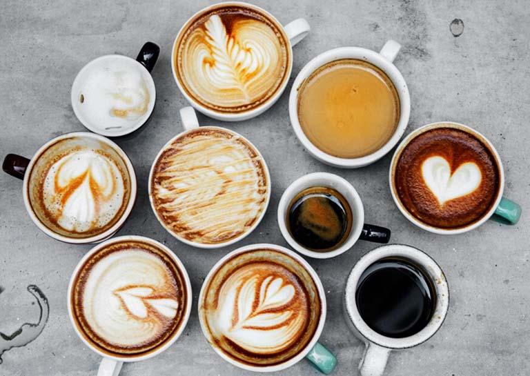 Chất kích thích, cà phê, thực phẩm chứa cồn