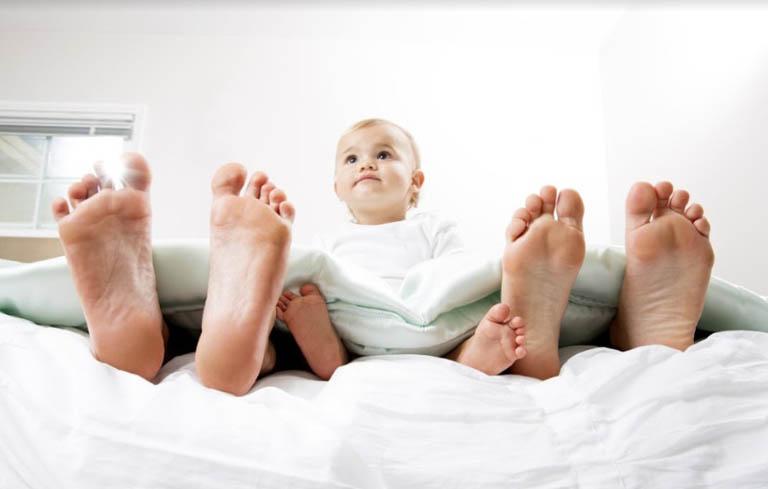 Tránh quan hệ trong thời gian 6 tuần sau sinh để phòng tránh sản hậu