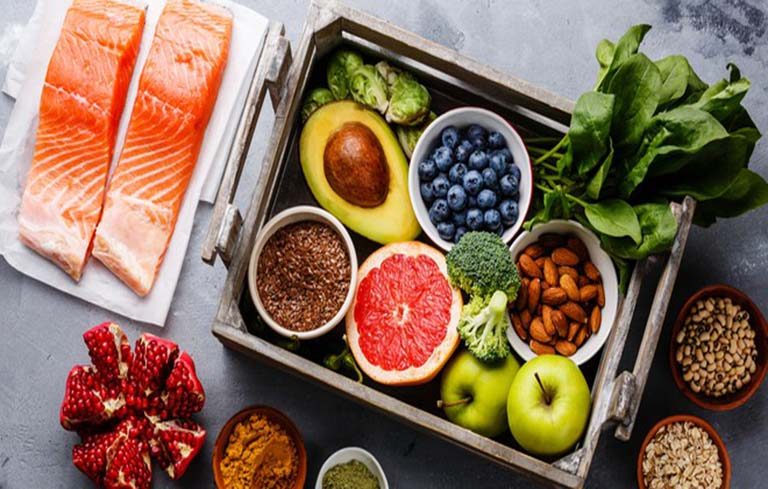 Viêm phổi nên ăn gì? Chế độ ăn tốt nhất dành cho người bị viêm phổi
