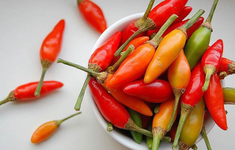 Nếu bị viêm phế quản bạn cần tránh xa ớt và các thực phẩm cay nóng khác