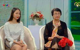 Bác sĩ Nhuần chia sẻ trực tiếp về phương pháp điều trị mụn trứng cá tại trường quay