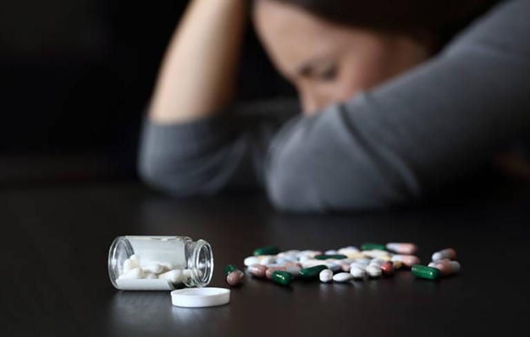 Mất ngủ có chữa được không bị ảnh hưởng bởi việc lựa chọn sai cách điều trị khiến bệnh mất ngủ khó chữa khỏi hoàn toàn