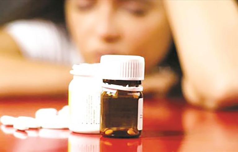 Điều trị mất ngủ bằng Tây y có thể gây ra tác dụng phụ không mong muốn