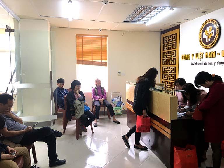 Quang cảnh phòng tại sảnh chính của Trung tâm Thừa kế Đông y Việt Nam