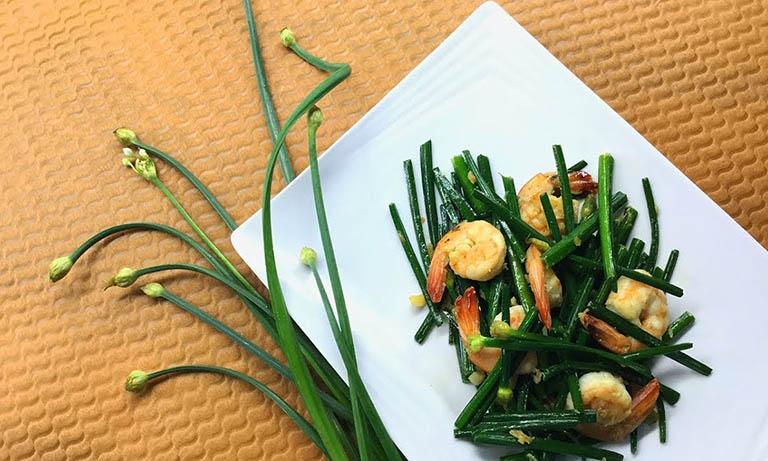 Nam giới có thể dùng món ăn từ hẹ để cải thiện tình trạng xuất tinh sớm