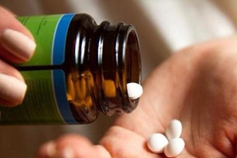 Điều trị mất ngủ không thực tổn cần tuân thủ chỉ định của bác sĩ
