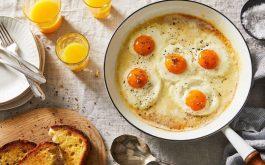 Người bị men gan cao có nên ăn trứng?
