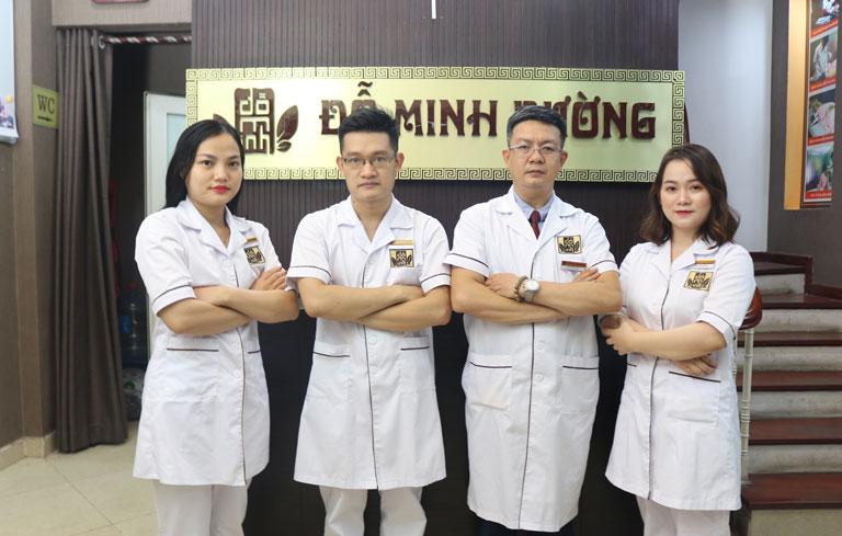 Đội ngũ lương y, bác sĩ tại nhà thuốc