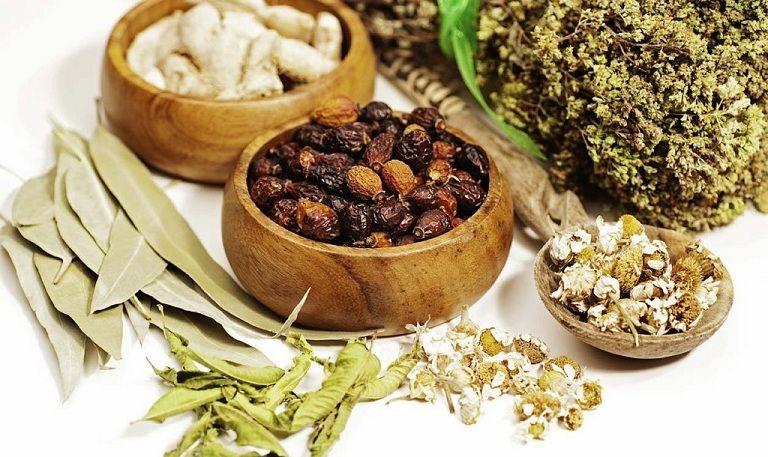 Đông y sử dụng thảo dược tự nhiên an toàn, không gây tác dụng phụ