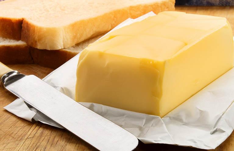 Cách dùng bơ sữa điều trị trẻ bị nhiệt miệng sưng lợi