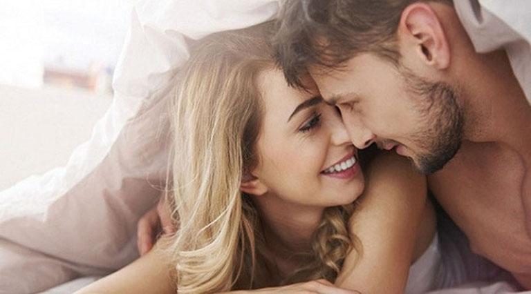 Màn dạo đầu là bước quan trọng để tiết dịch nhầy vì vậy các cặp đôi không nên bỏ qua quá trình này