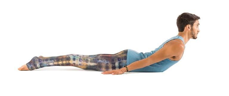 Tập yoga khi bị gai cột sống