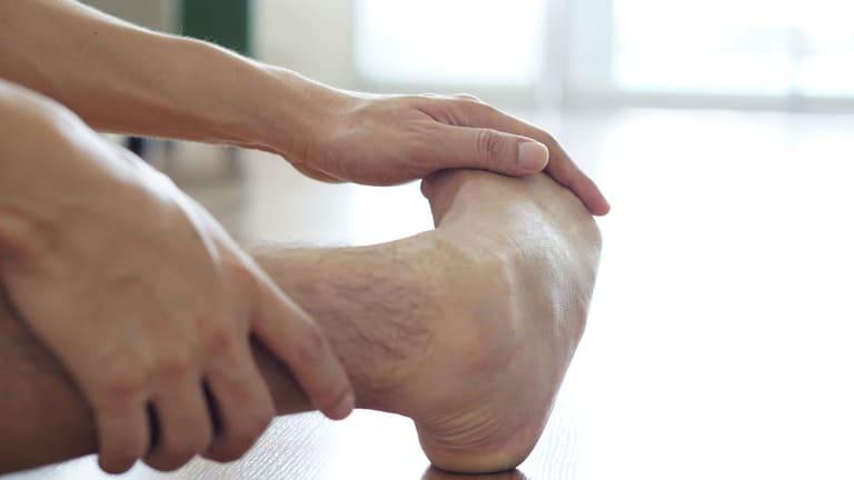 Bệnh gout có chữa được không? Nhận định từ bác sĩ
