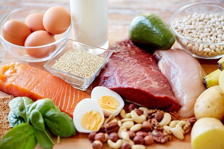 Người bị phong ngứa không nên ăn thực phẩm nhiều đạm