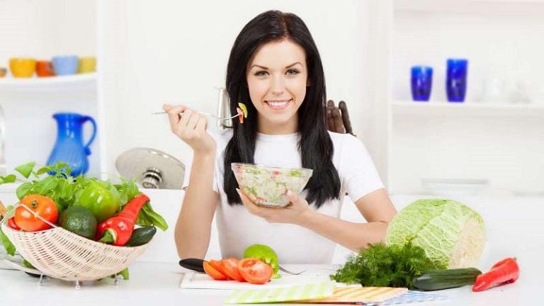 Người bị phong ngứa nên xây dựng lối sống lành mạnh, ăn uống khoa học để mau khỏi bệnh.