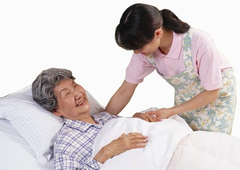 Nếu được chăm sóc đúng cách, người bệnh sau mổ thoát vị đĩa đệm sẽ nhanh chóng hồi phục lại khả năng vận động của mình.
