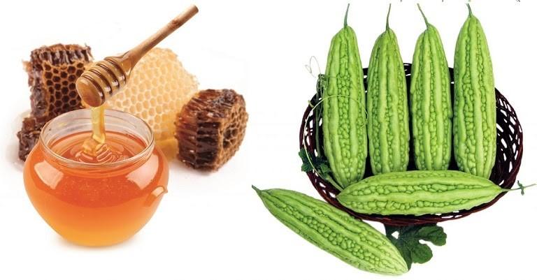 Mặt nạ từ mướp đắng và mật ong giúp điều trị dị ứng mỹ phẩm