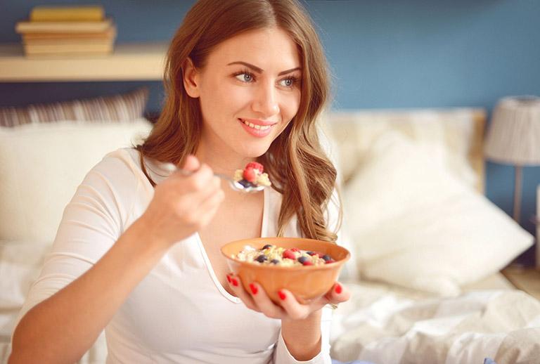 chế độ ăn cho người bệnh xơ gan cổ chướng