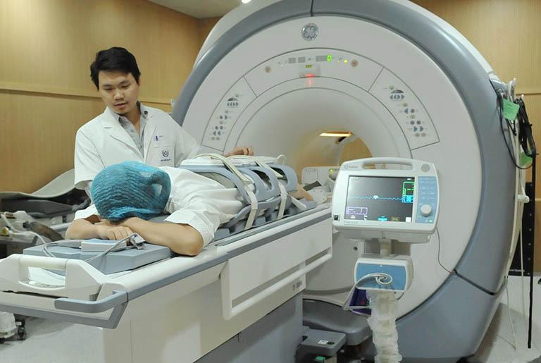 Những điều cần lưu ý khi chụp MRI thoát vị đĩa đệm