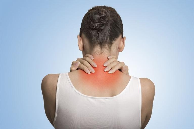 Cổ đau không xoay được không phải là bệnh lý quá nguy hiểm, có thể tự tiêu biến sau một vài ngày nhưng cũng có khả năng dẫn đến những bệnh lý nguy hiểm khác