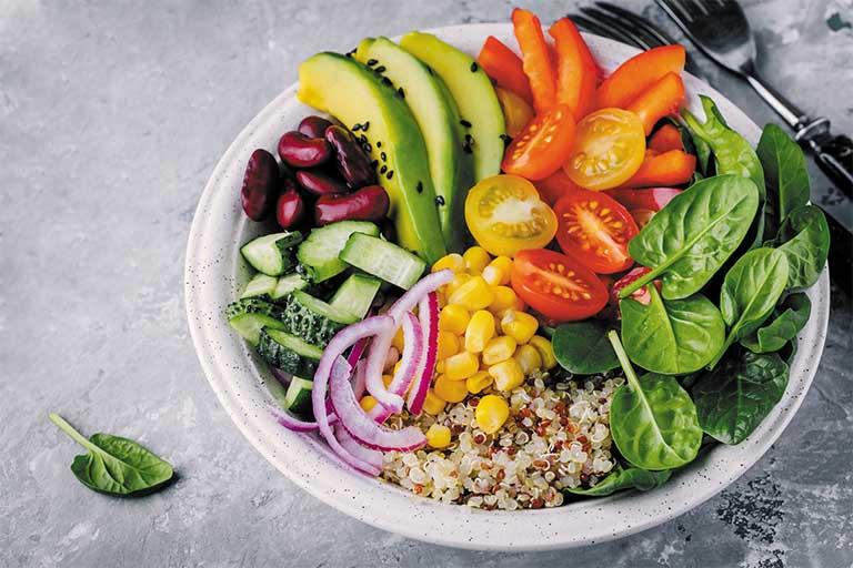 Cải thiện tình trạng đau cổ không xoay được - Xây dựng chế độ ăn uống khoa học
