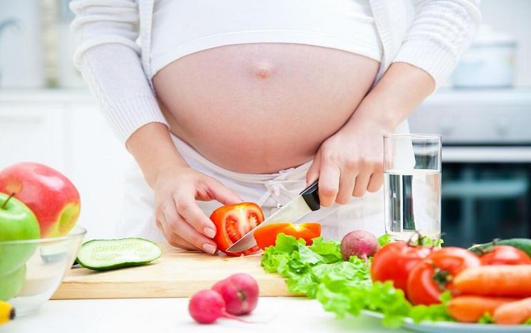 Ăn uống khoa học là giải pháp cải thiện đau đại tràng ở bà bầu